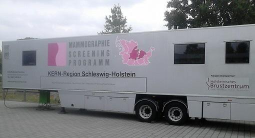 Hier ein mobile Einheit mit den Geräten für eine Mammografie-Untersuchung in Schleswig-Holstein.