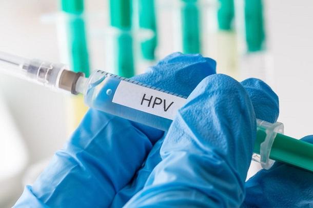 HPV Impfung - Spritze